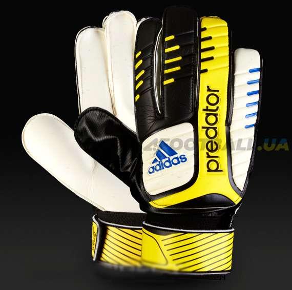 Вратарские перчатки Adidas Predator Training c520f02fe74d0