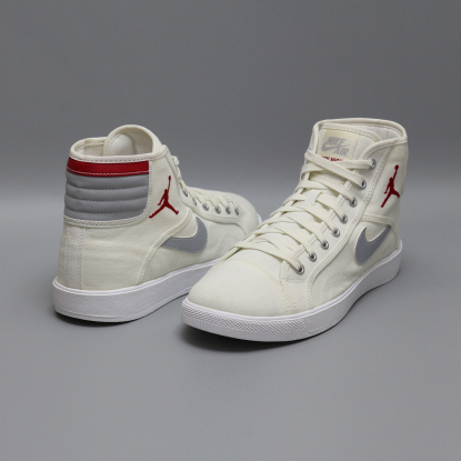 Кроссовки NIKE AIR JORDAN SKYHIGH 819953-102  3