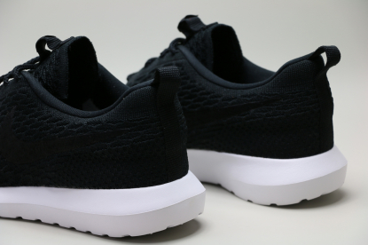 Кроссовки Nike Roshe NM Flyknit 677243-011 | 677243-011 | 4football.com.ua