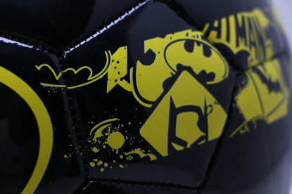Детский футбольный мяч Puma Superhero Lite 350g №5 Batman 082763-50 | 082763-50 | 4football.com.ua