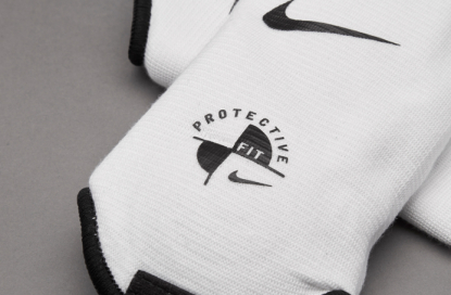 ЗАЩИТА ГОЛЕНОСТОПА NIKE ANKLE SHIELD GUARD SP0019-101 | SP0019-101 | 4football.com.ua
